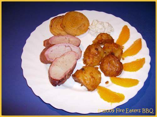 Schweinefilet, Pfeffer-Kartoffeln und Dip aus dem Smoker