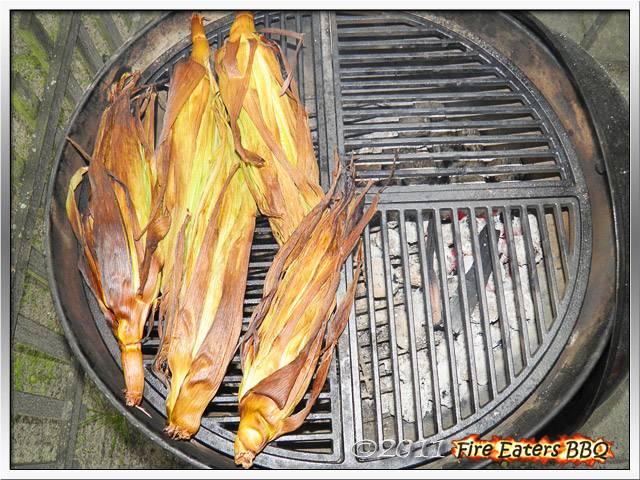 Bild - Maiskolben auf dem Grill