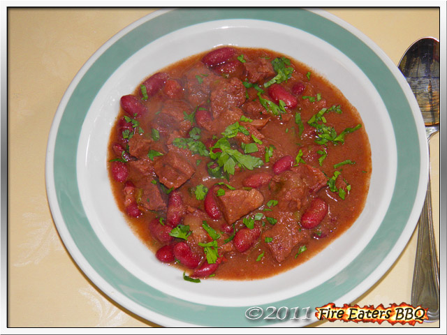Bild - ein Teller Bohnenstew mit Rindfleisch