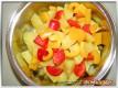 Kartoffeln und Paprika schneiden