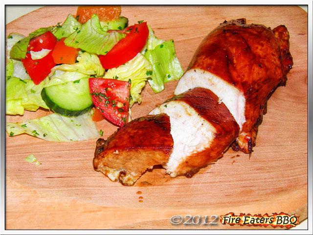Foto - Asiatische Hähnchenbrust vom Grill mit Salat