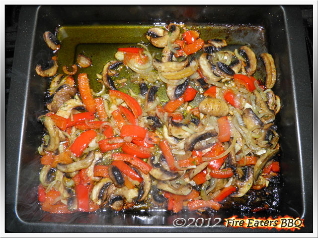 Foto - Champignons aus dem Kugelgrill mit Zwiebeln und Paprika