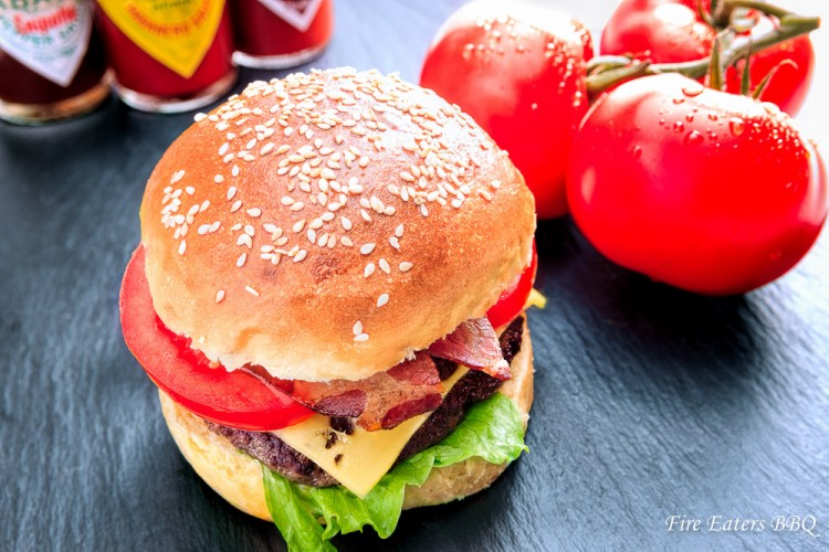 Ein Testburger für die Burger Buns