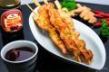 Teriyaki-Spieße mit Kikkoman Teriyaki BBQ Sauce