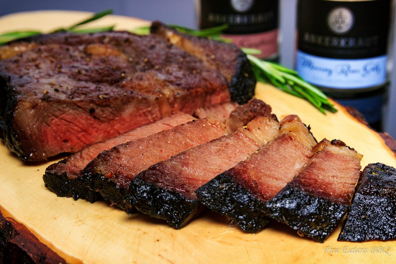 Bild - Aschegereiftes Steak im Anschnitt