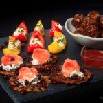Foto - Silvesterbuffet: Rösti mit Lachs, Paprikaschiffchen und Spicy Meatballs