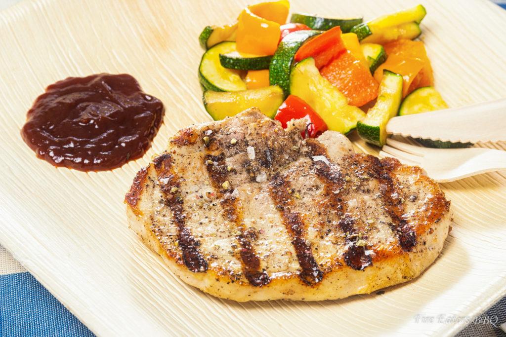 Foto - Palmware Teller mit Fleisch, Sauce und Gemüse