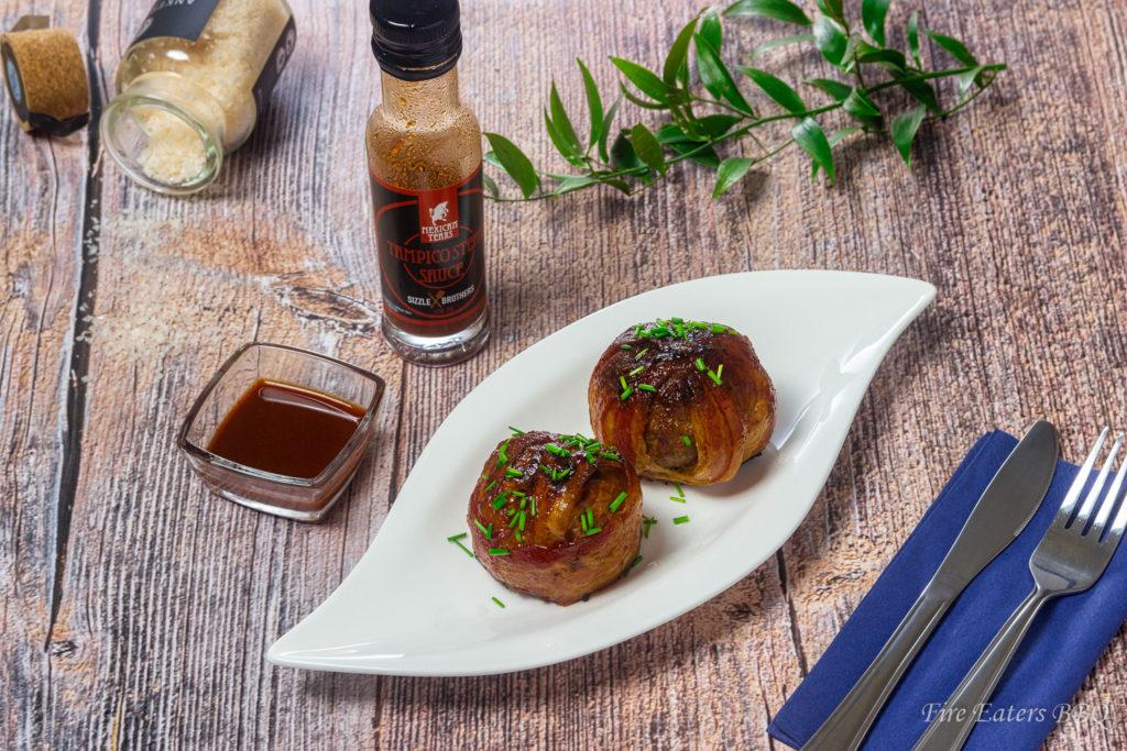 Foto - BBQ Bacon-Onion Bombs mit Hot Sauce