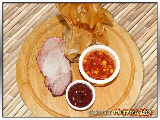 Bild - Karibischer Schweinenacken mit Kartoffelsäckchen und BBQ-Gemüse