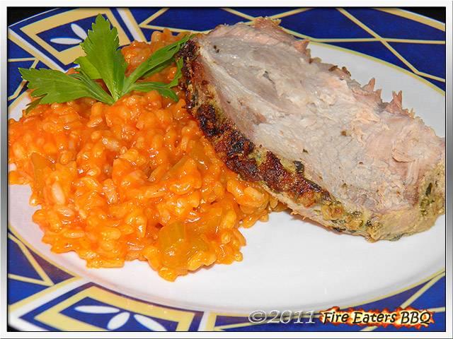 Schweinenacken mit Kräuterkruste an Tomaten-Sellerie-Risotto